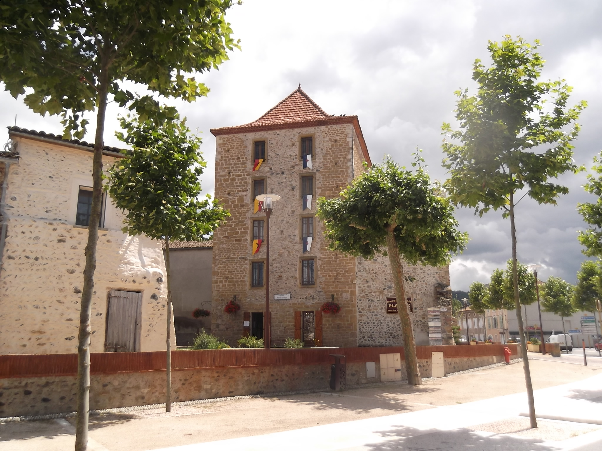 Read more about the article MUSEE ARCHEOLOGIQUE DU DONJON